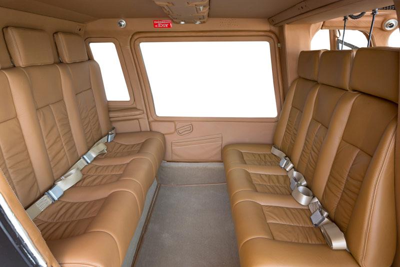 Agusta-A109C_Interior.jpg
