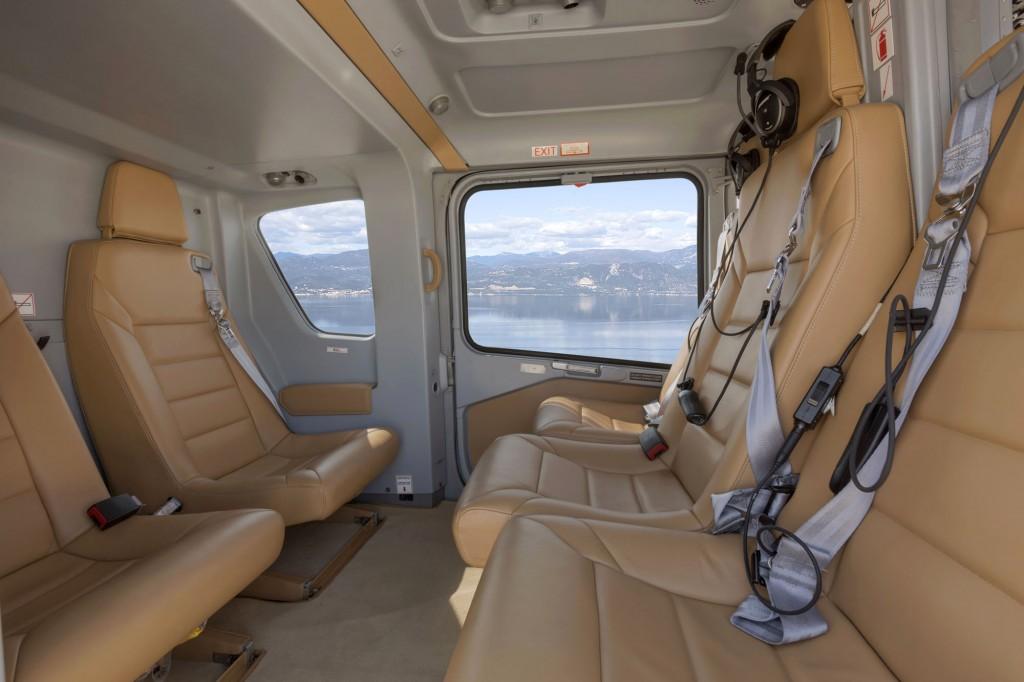 Eurocopter-EC-135-interior.jpg